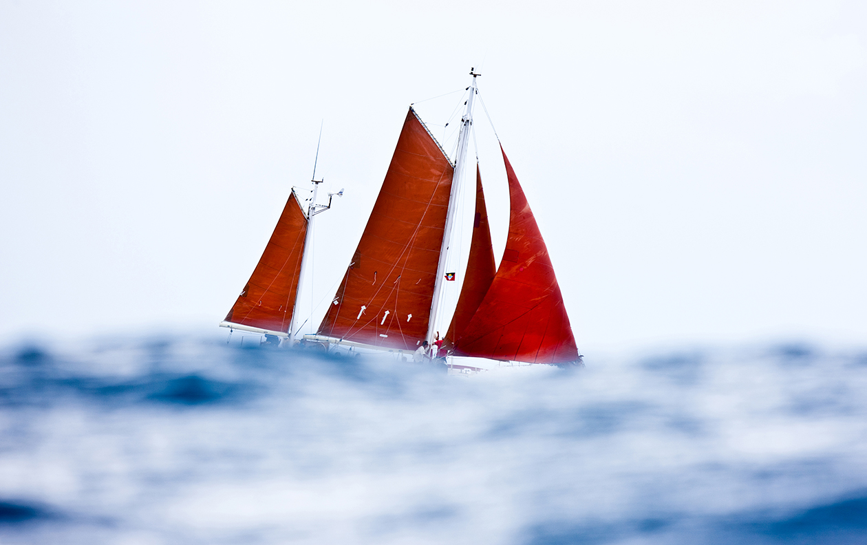G283 - Red Sails on Old Bob